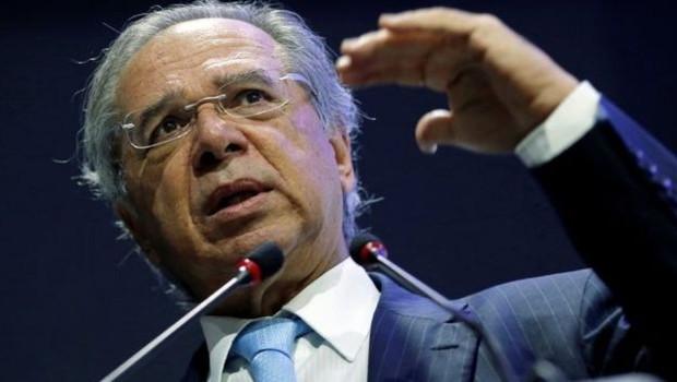 Reforma defendida pelo ministro da Economia, Paulo Guedes (foto), será um dos pontos centrais do discurso do presidente no Japão (Foto: REUTERS/ADRIANO MACHADO via BBC News Brasil)