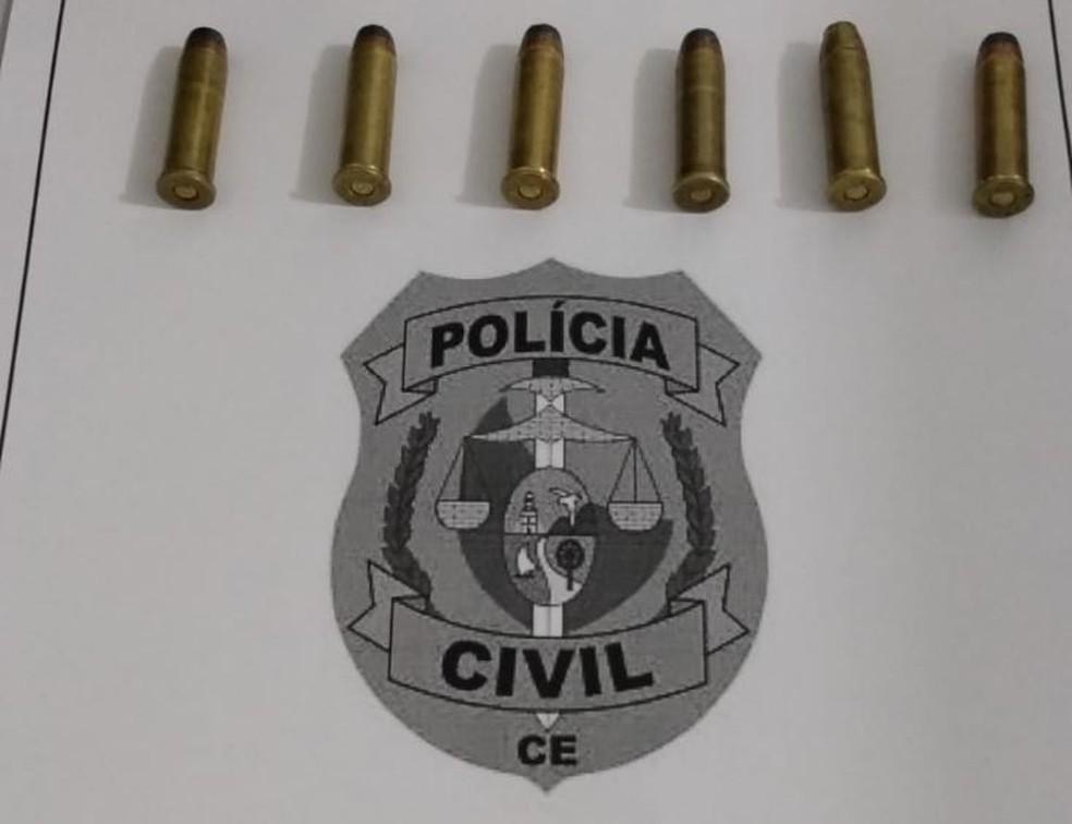 Adolescente suspeito da morte de homem em Cascavel, na Grande Fortaleza, foi encontrado pela polícia com seis munições.  — Foto: Divulgação/Polícia Civil