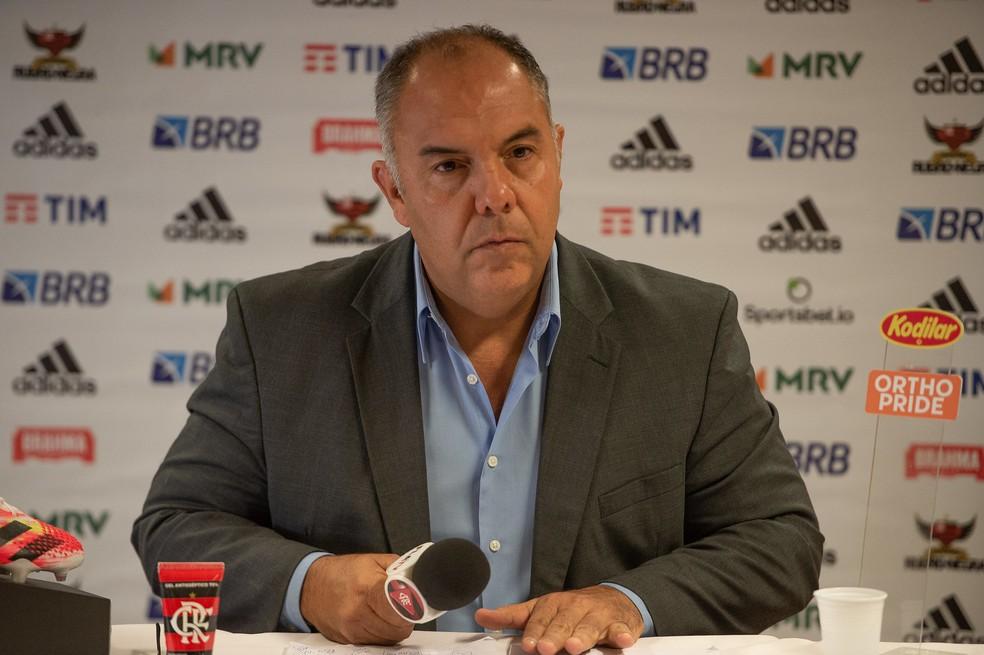 Marcos Braz, VP de futebol do Flamengo, durante entrevista coletiva — Foto: Alexandre Vidal / Flamengo