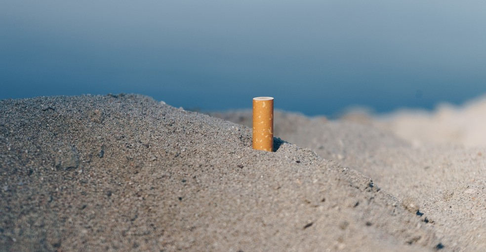 ONU Meio Ambiente recolheu 49.994 bitucas de cigarro no litoral do Brasil — Foto: sulox32/Pixabay