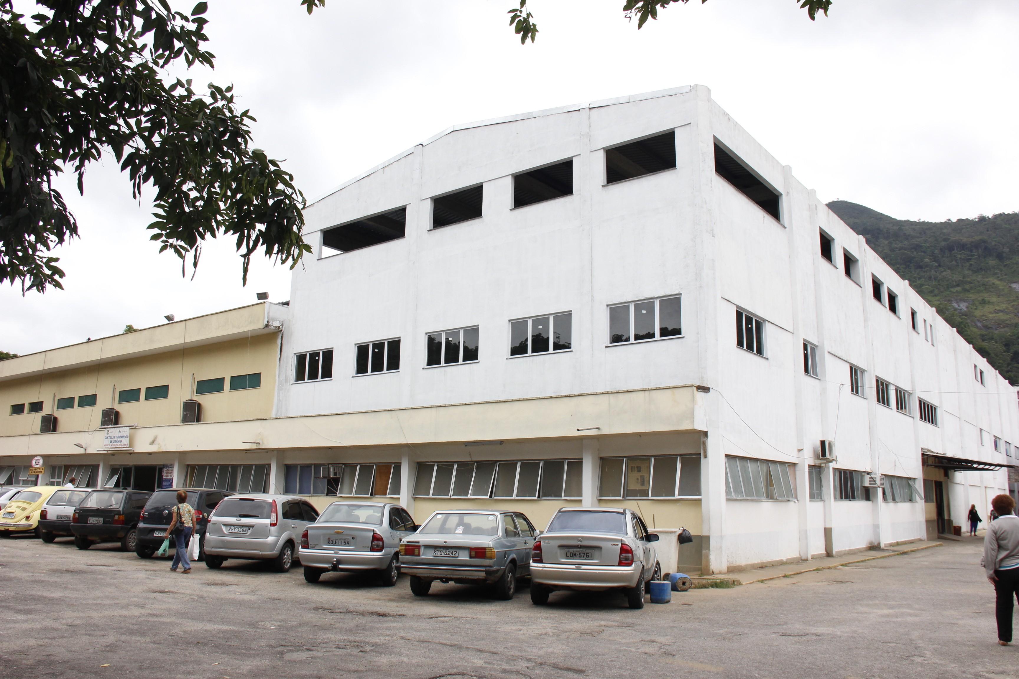 Prefeitura faz corte de pessoal em Hospital de Nova Friburgo, RJ, para cumprir TAC - Radio Evangelho Gospel