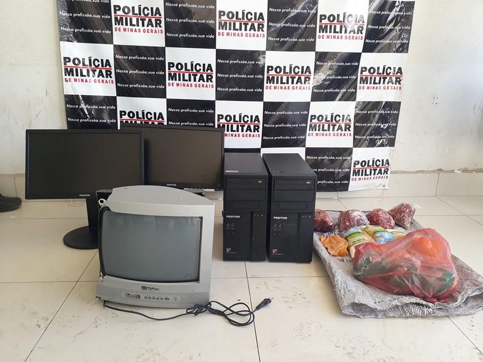 Materiais furtados em escola de São Francisco foram recuperados (Foto: Polícia Militar/Divulgação)