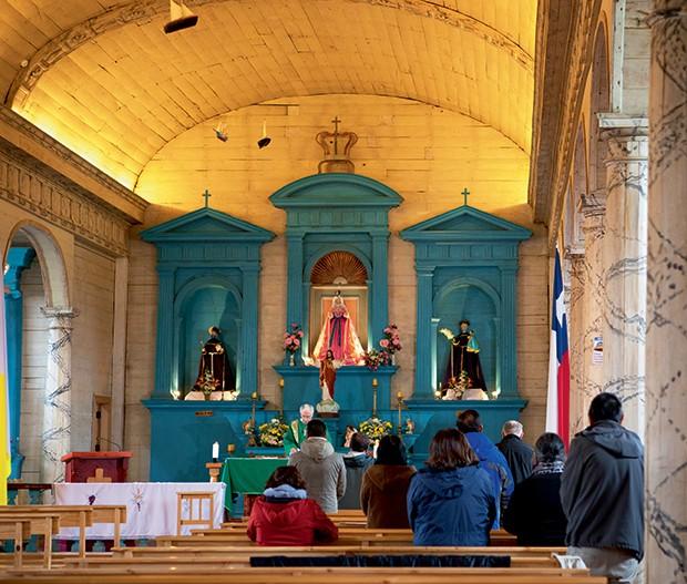 Lifestyle viagem Chile - Interior da igreja de Nercón (Foto: Carol Gherardi )