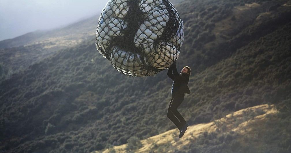 Tom Cruise continua com suas estripulias em 'Missão Impossível - Efeito fallout' (Foto: Divulgação)