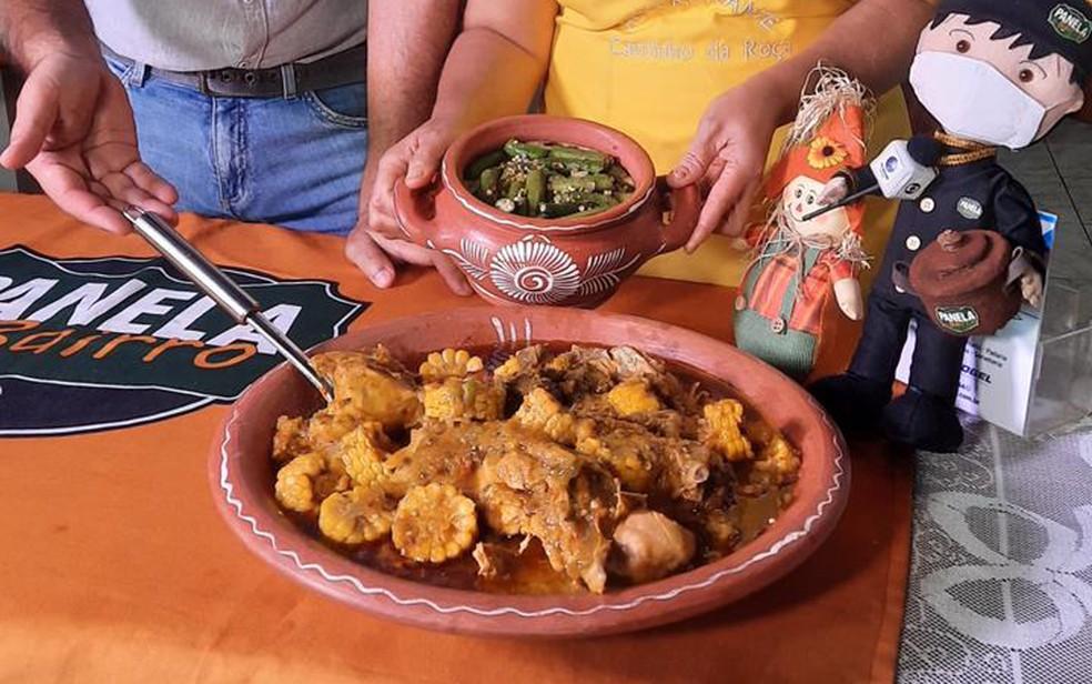 Receita de galinha de quintal com milho no sabugo, acompanhado por angu e quiabo salteado— Foto: Jefté Rodrigues/TV Bahia