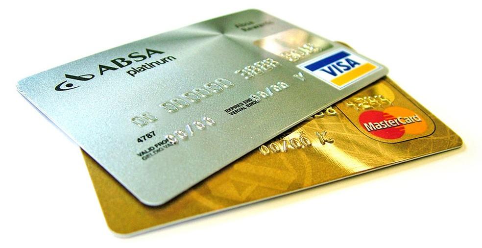 Depois que criminosos roubam dados do cartão, é possível falsificar informações sobre a origem da compra.  — Foto: Lotus Head/Freeimages.com