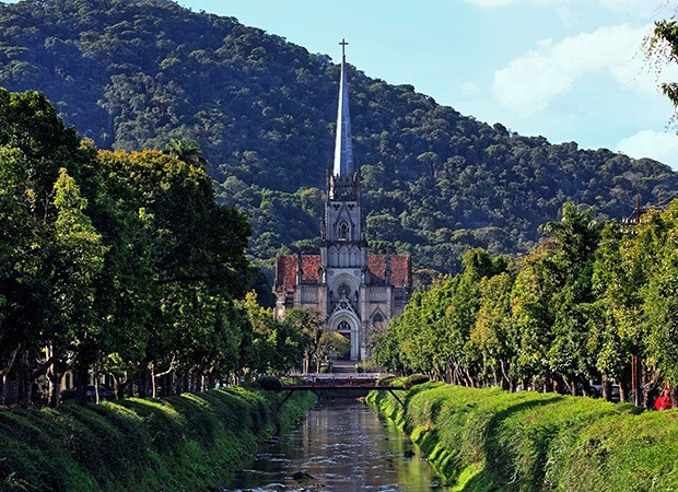 Quem estiver no Rio pode passar o dia em Petrópolis e voltar no fim da tarde (Foto: Think Stock)