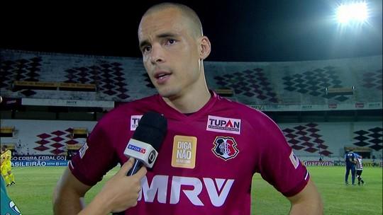"""Júlio César após partida: """"Não íamos jogar, mas fizem em sinal de profissionalismo"""""""