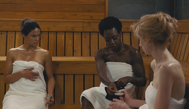 """L-r, Michelle Rodriguez, Viola Davis and Elizabeth Debicki star in Twentieth Century Fox's """"Widows."""" (Foto: Divulgação)"""