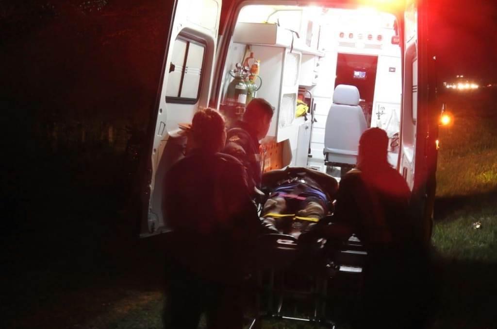 Ciclista de 37 anos fica ferido em São Carlos após ser atropelado por moto na SP-310 - Notícias - Plantão Diário