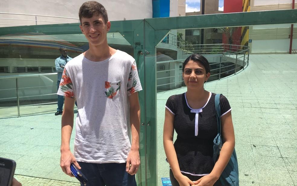-  ENEM 2017 - DOMINGO  12  - GOIÂNIA - Giusepe Carlos Soares, 20, e Stephani Gama dos Reis, de 19, não levaram documentos e não puderam fazer o 2º dia