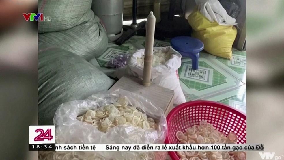 Operação policial descobre fábrica que reutiliza preservativos usados 2