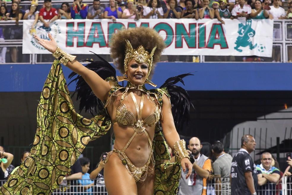 Viviane Araújo brilha no Desfile das Campeãs pela Mancha Verde em 2019 — Foto: Celso Tavares/G1