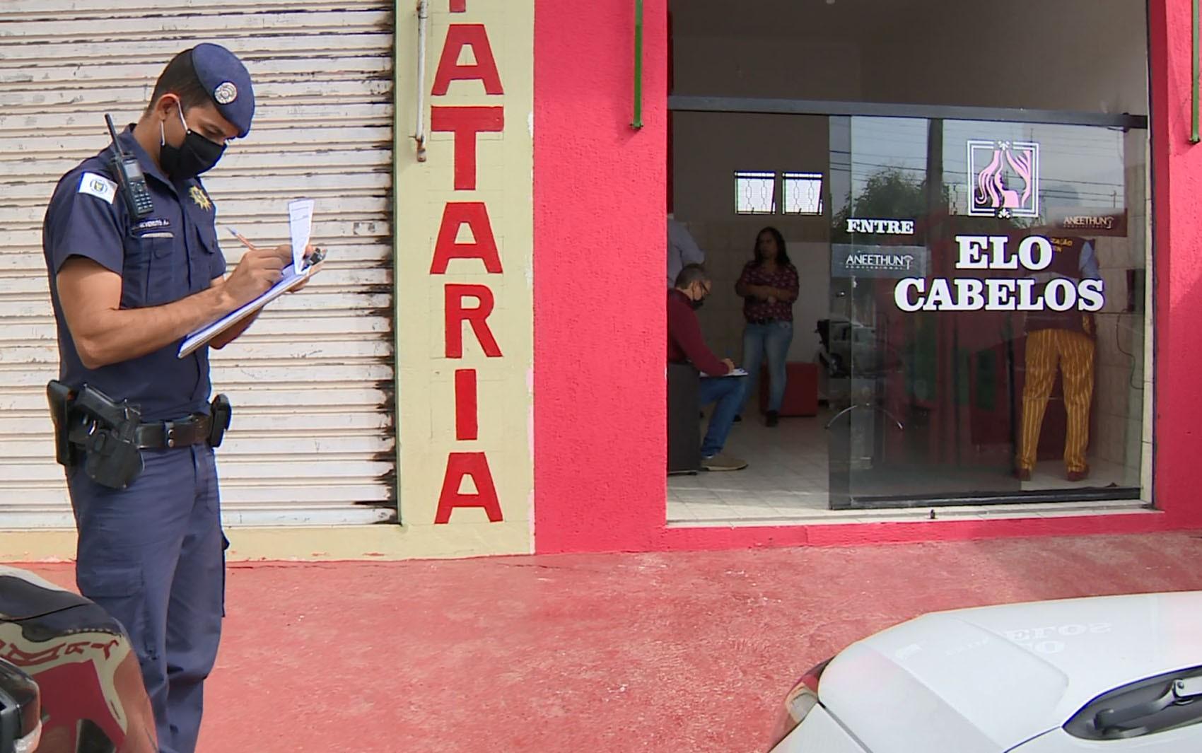 Coronavírus: agentes da prefeitura fazem blitz e fecham comércios não essenciais em Campinas