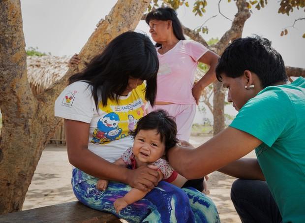 A reportagem acompanhou vacinaçãoem dez aldeias xavante no Mato Grosso.  (Foto: Lalo de Almeida)
