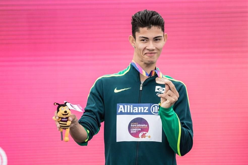 Rodrigo Parreira também foi bronze nos 100 metros rasos e quebrou o próprio recorde das Américas (Foto: CPB/Divulgação )