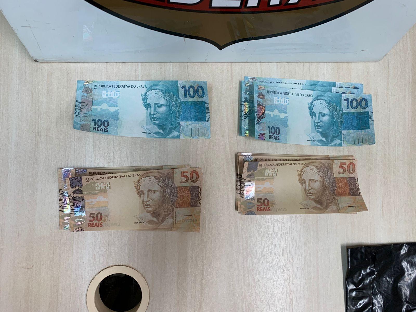 Dois homens são presos com R$ 1 mil em notas falsas, em Campo Mourão