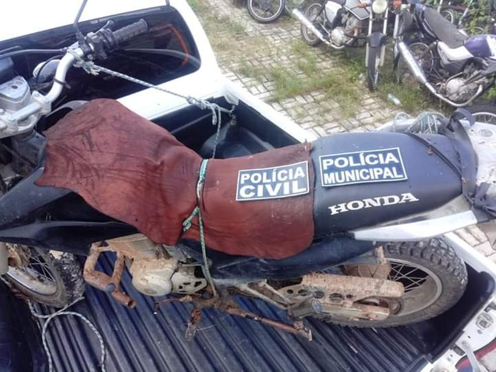 Veículo foi encontrado em uma localidade próximo aonde morava o suspeito — Foto: Divulgação/Guarda Civil Municipal