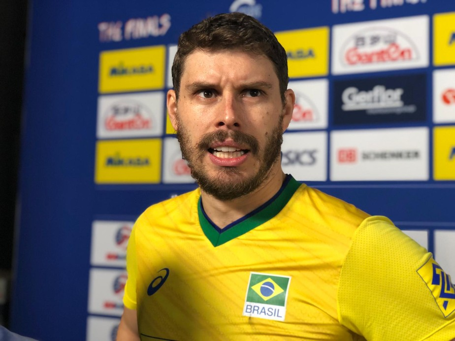 Bruninho comemora vitória difícil sobre o Irã na Liga das Nações: