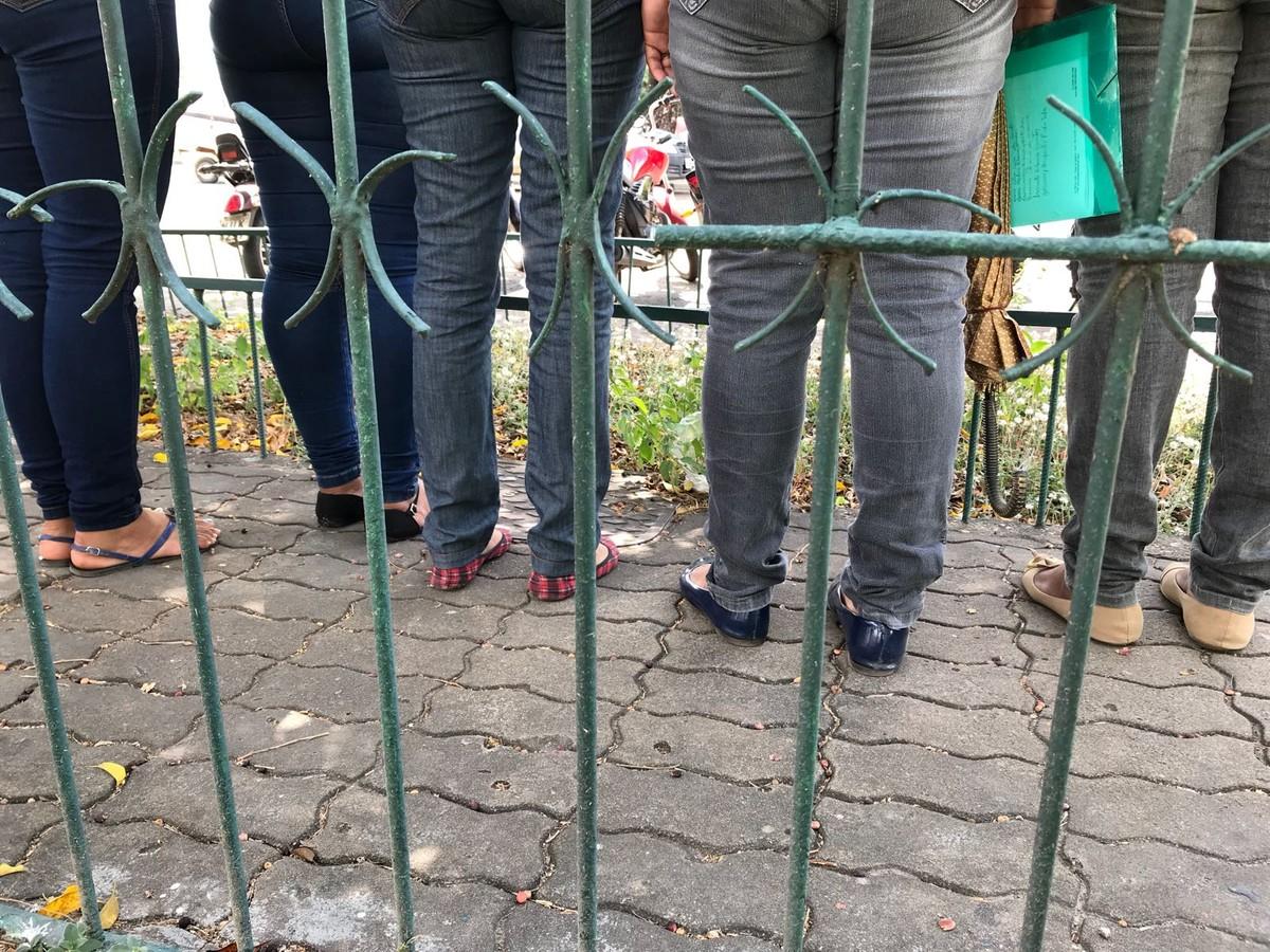 Mães de internos pedem que governo reforce segurança no CSE: 'buscamos socorro'