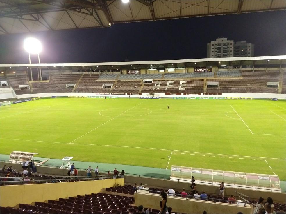 Arena da Fonte Luminosa recebe semifinal entre São Paulo e Guarani  — Foto: Vinicius Brino