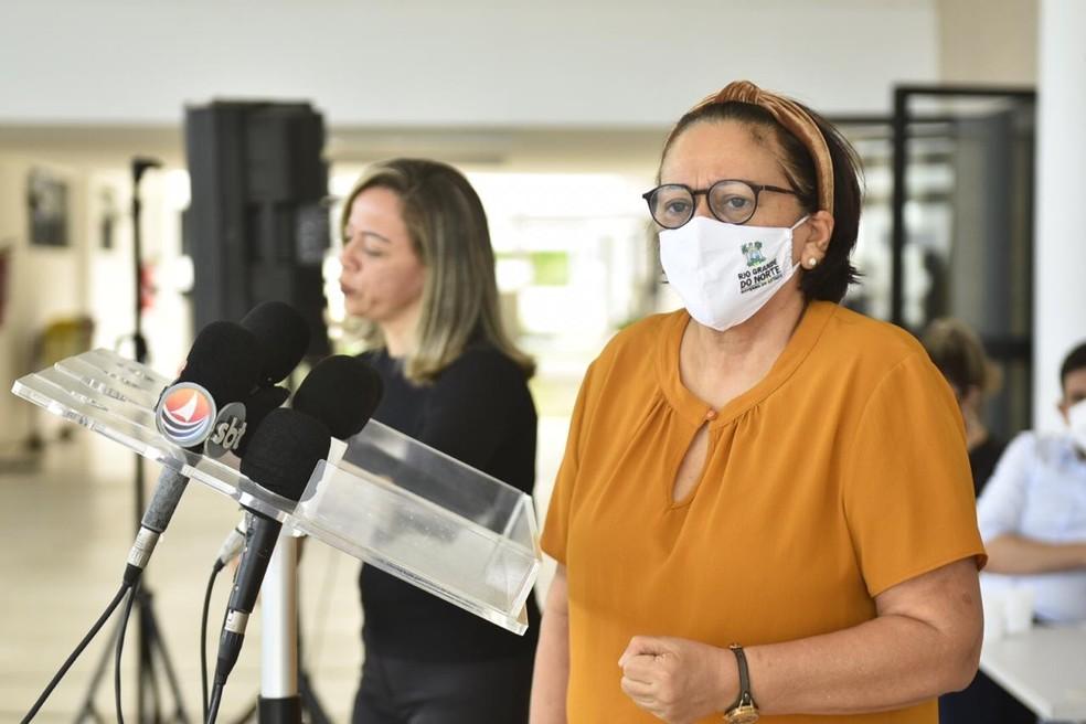 Governadora Fátima Bezerra fala que é mais prudente adiar volta das aulas presenciais — Foto: Elisa Elsie/Governo do RN