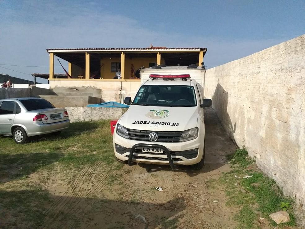 Crime aconteceu na madrugada deste domingo (23) em Areia Branca, no Oeste potiguar — Foto: Marcelino Neto/O Câmera