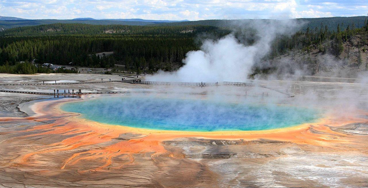 Fonte termal Grande Mola Prismática do Parque Nacional de Yellowstone (Foto: Frank Kovalchek/ Wikimedia Commons)