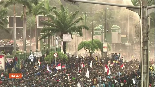 Indonésia registra protestos violentos após mudanças no código penal do país