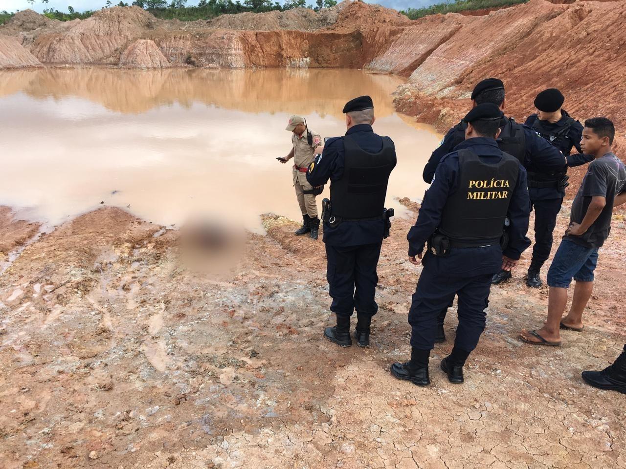 Menino é achado morto dentro de lago  em loteamento de Porto Velho - Notícias - Plantão Diário