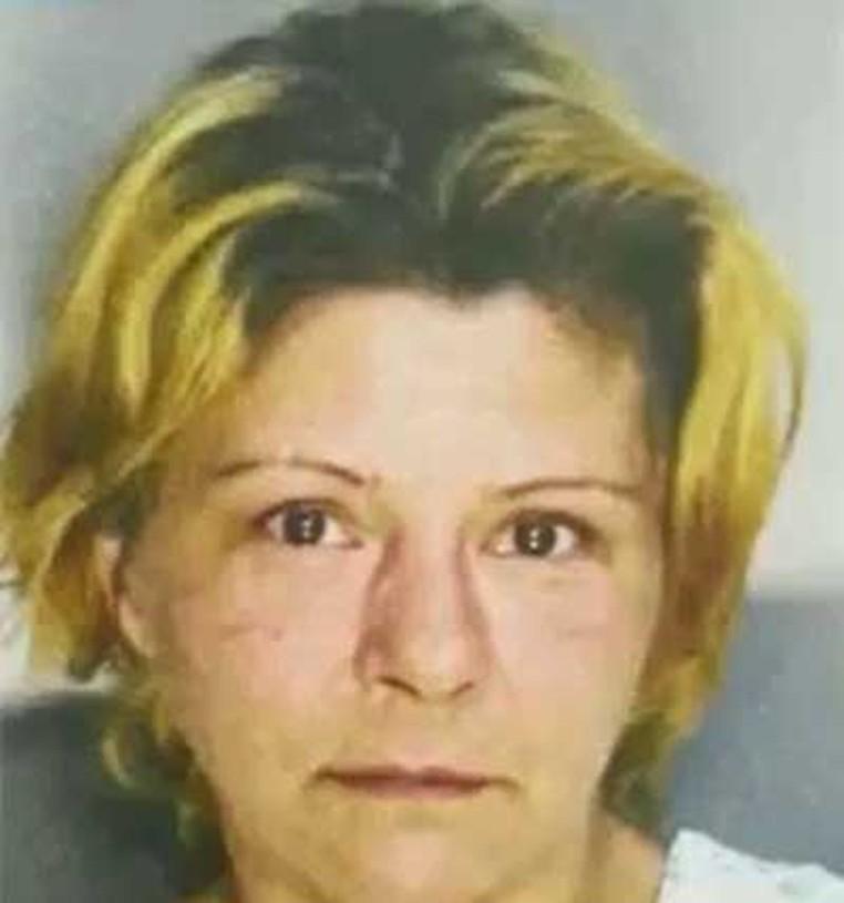 Tracey Giffin teve ataque de fúria após marido tomar uma de suas cervejas (Foto: Fayette County Jail)