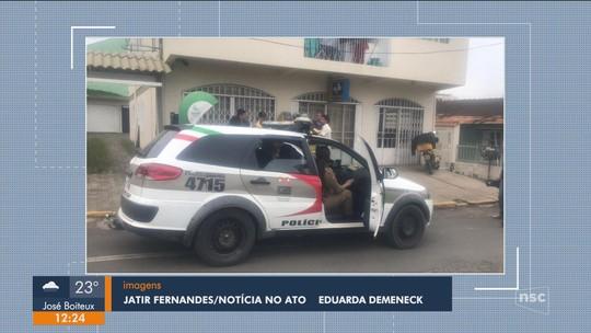 Bandidos assaltam agência dos Correios e deixam funcionários amarrados em Correia Pinto