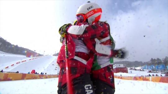 Kelsey Serwa conquista o ouro no esqui cross estilo livre, em PyeongChang
