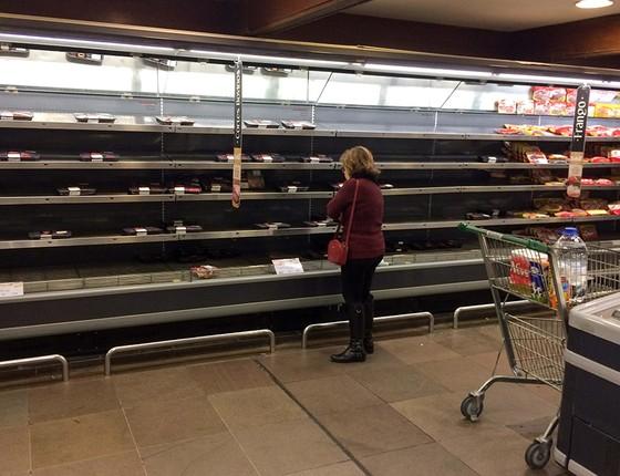 A greve comprometeu o abastecimento de alimentos em todo o país, principalmente de produtos perecíveis (Foto: DAVI MAGALHÃES/FOLHAPRESS)