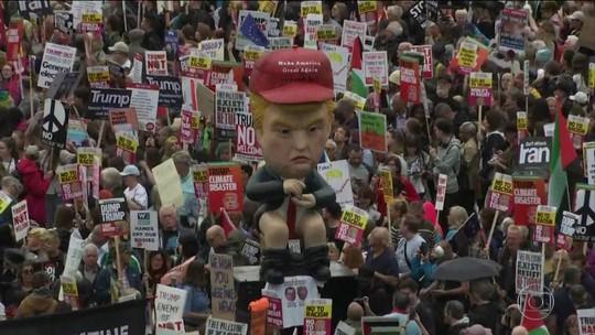 Presidente Trump enfrenta protestos no segundo dia de visita ao Reino Unido