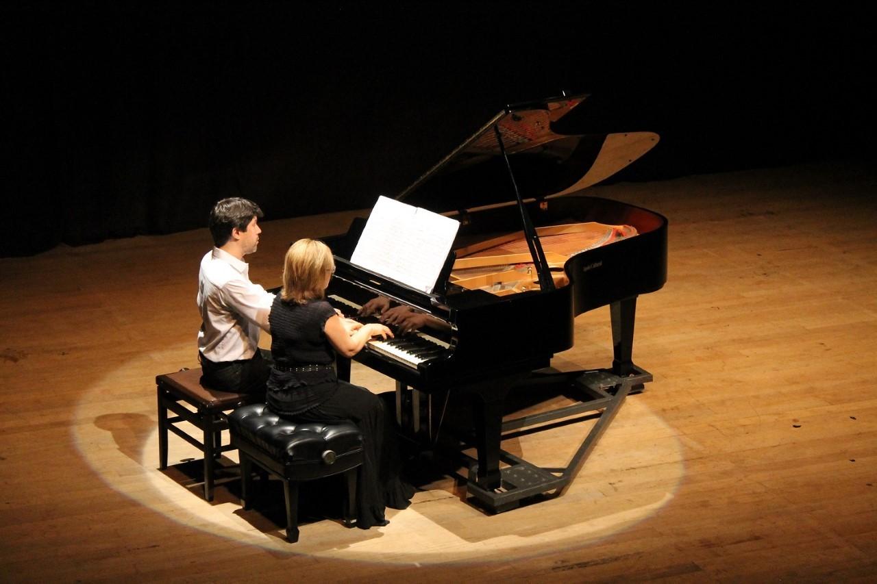 Professores de música da Udesc apresentam concerto gratuito em teatro de Florianópolis - Notícias - Plantão Diário