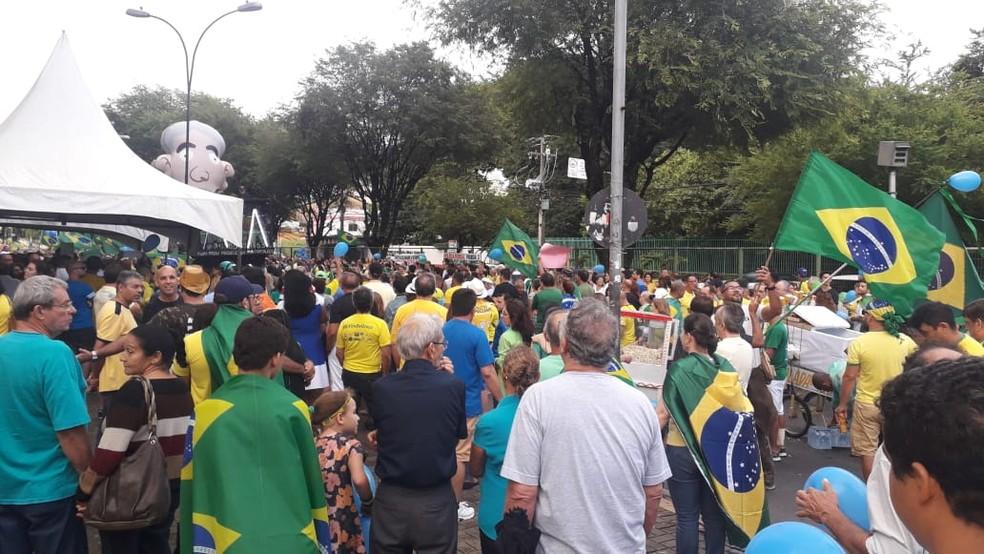NATAL, 16h47: Manifestantes fazem ato em apoio a Bolsonaro e Sérgio Moro — Foto: Julianne Barreto/Inter TV Cabugi