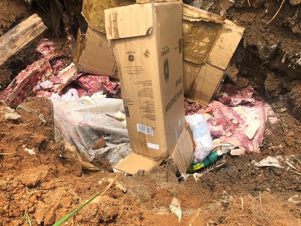 Cerca de 300 quilos de carne clandestina foram apreendidos, nesta quinta-feira (31), em Sena Madureira — Foto: Divulgação/MP-AC