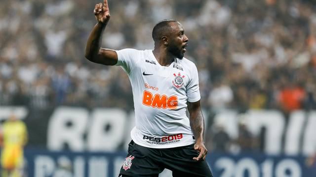 Manoel comemora gol do Corinthians contra o São Paulo