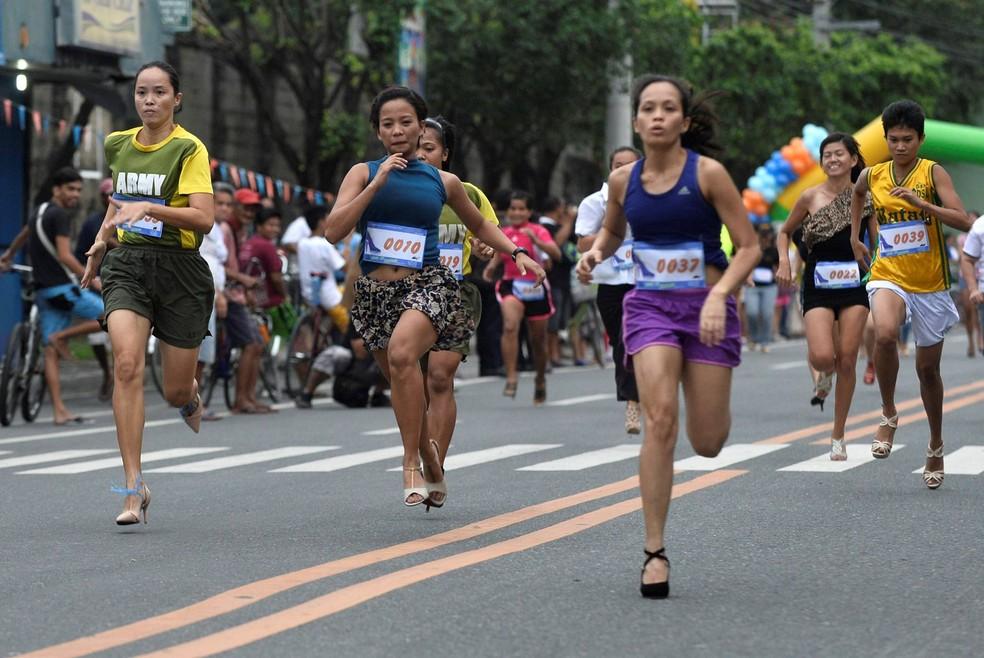 Corrida faz parte de um festival para promover Marikina (Foto: Ezra Acayan/Reuters)