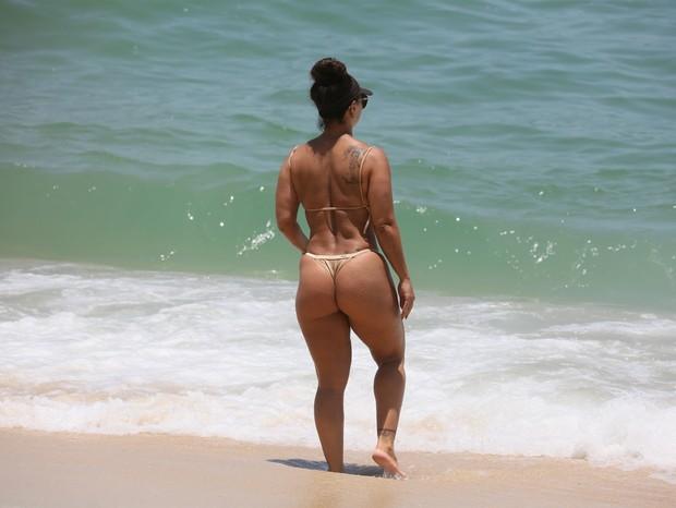 AGN_1456633 - Rio de Janeiro, BRASIL  - Viviane Araujo na Praia da Macumba no Rio de Janeiro .Pictured: Viviane AraujoAgNews 14 JANEIRO 2019 BYLINE MUST READ: Agnews / AgNews Xico Silvatelefone: (21) 98240-2501email: agnews.fotografi (Foto: Agnews / AgNews)