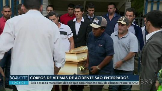 Vítimas de acidente na PR-092 são enterrados na Região Metropolitana de Curitiba