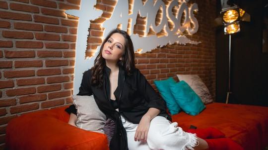 Bia Arantes diz que 'não se considera famosa' e brinca: 'Quem me dera ser um fenômeno'