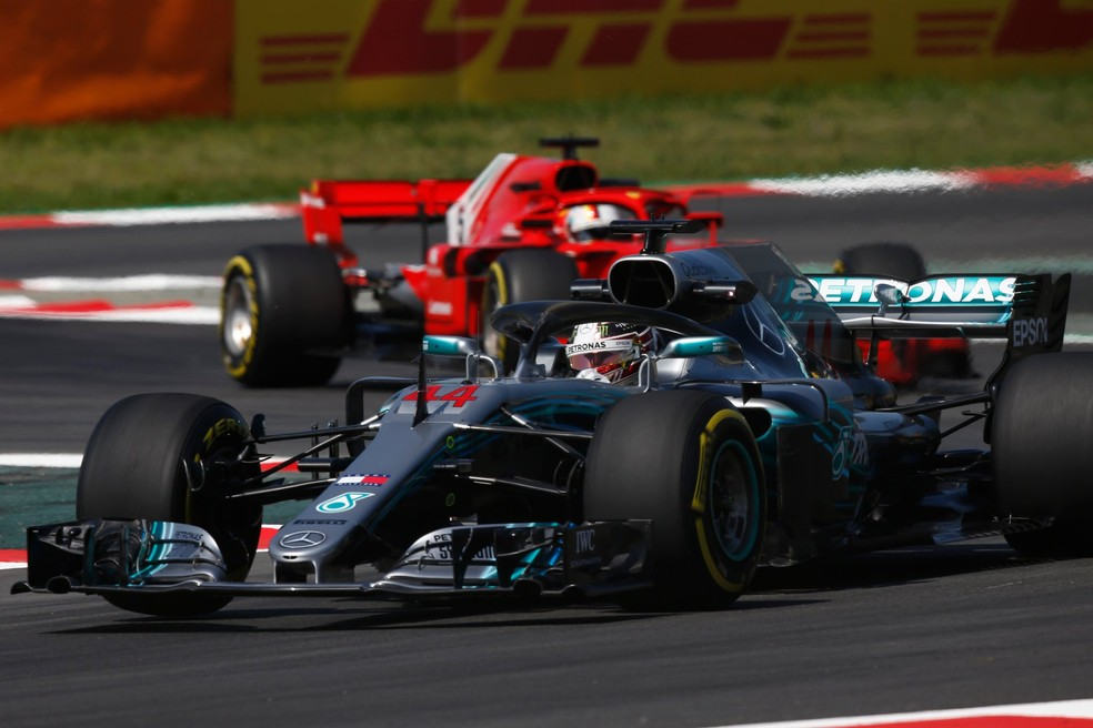 Lewis Hamilton disputa o título de 2018 com Sebastian Vettel (Foto: Divulgação)