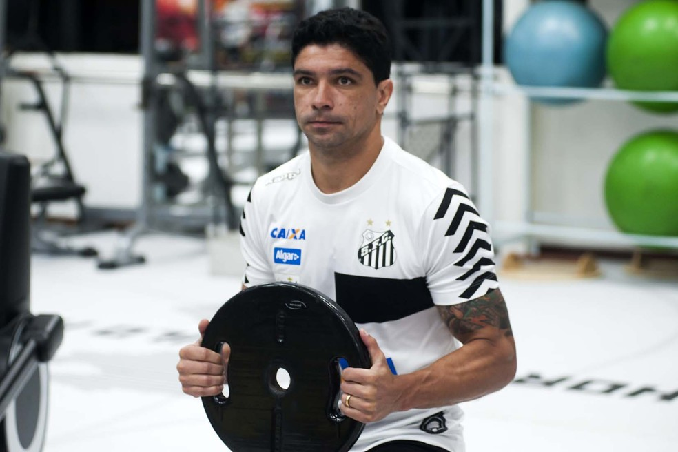Renato não jogou as últimas sete partidas do Peixe (Foto:  Ivan Storti / Santos FC)