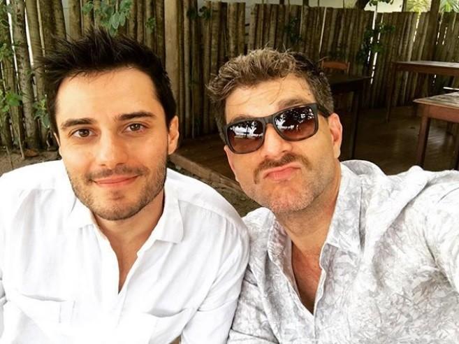 Hugo Bonemer e Conrado Helt (Foto: Reprodução Instagram)