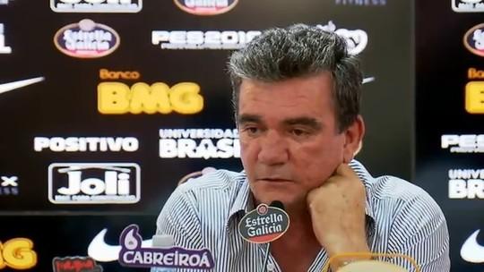 """Andrés diz que Corinthians fez """"coisa inacreditável"""" por Romarinho e promete reforços"""
