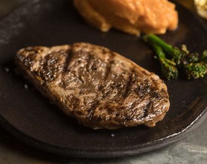 Como será a carne cultivada que vai chegar aos mercados do Brasil em 2024
