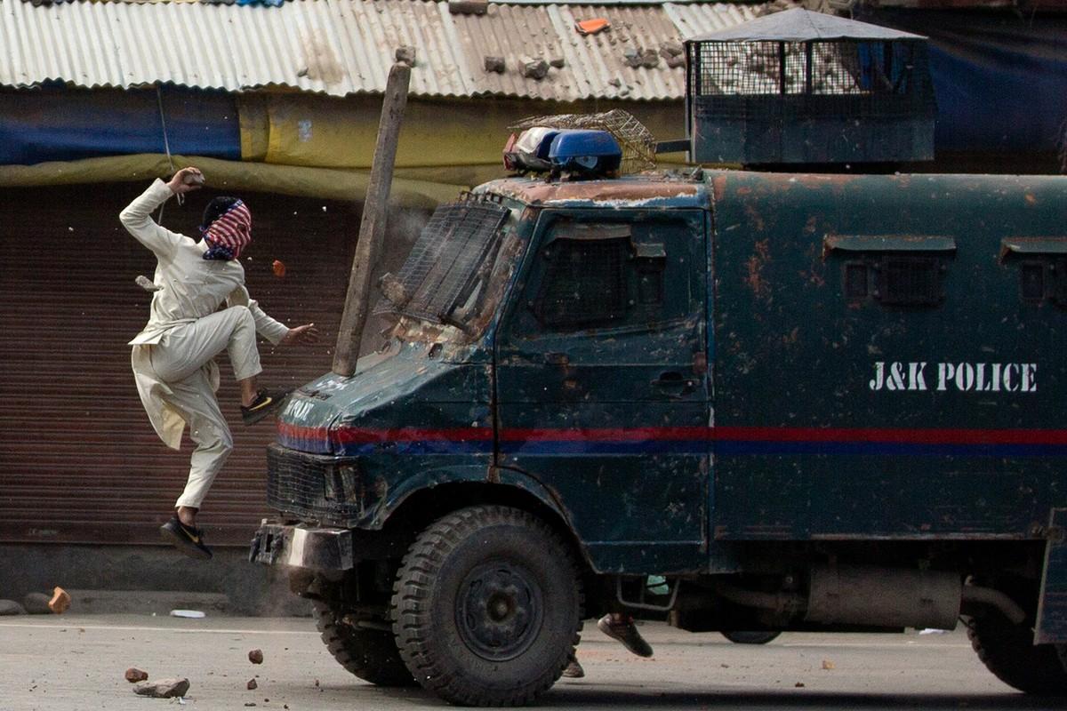 Índia e Paquistão acertam fim de combates na fronteira, em comunicado conjunto raro