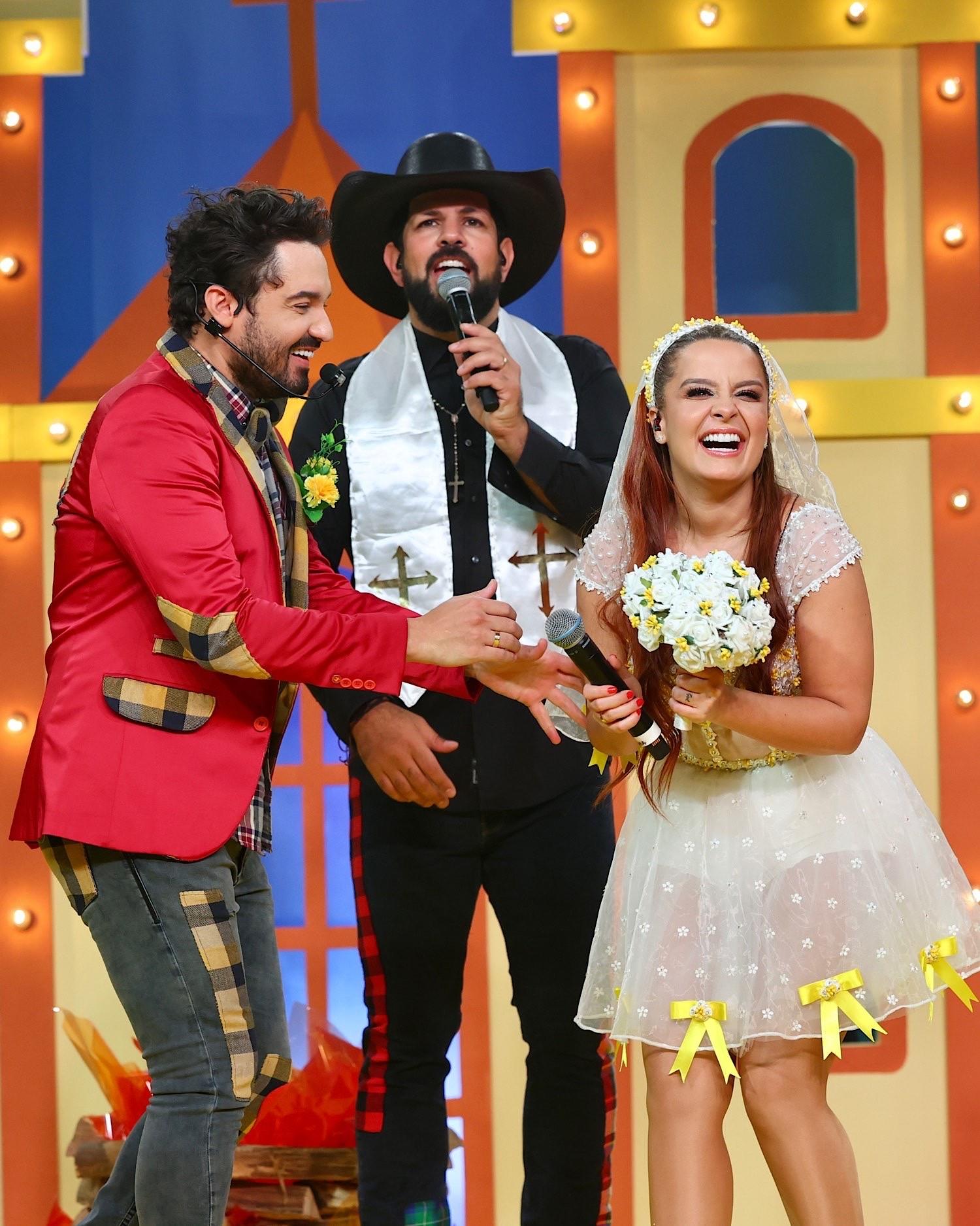 Fernando e Maiara com Sorocaba (Foto: Brazil News/Manuela Scarpa)